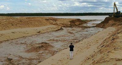 Aguas ya empiezan a ingresar al nuevo canal del Pilcomayo