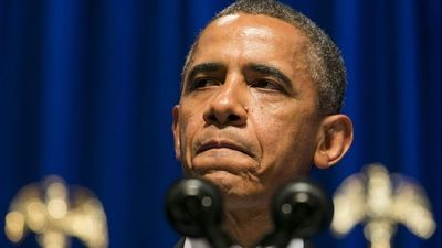 Obama llama a proteger la democracia en último discurso semanal de su mandato