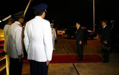 Presidente Cartes partió en misión oficial