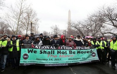"""Inmigrantes, """"en pie de lucha"""" contra Trump"""