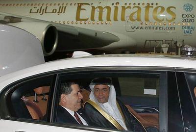 Presidente Cartes arribó a los Emiratos Árabes Unidos