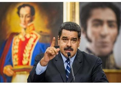 Maduro firma nuevo decreto de emergencia económica