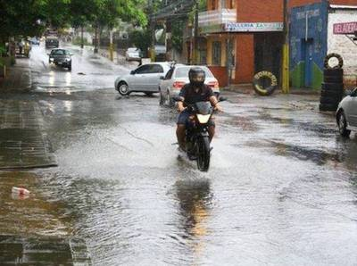Semana inicia con lluvias