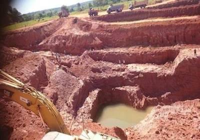Paso Yobái: intensa búsqueda por el oro