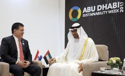 Paraguay y Emiratos Árabes firman convenio para promover inversiones