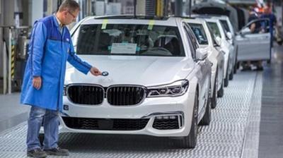 Automotrices alemanas registran una caída en la Bolsa de Frankfurt