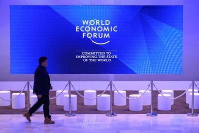 Cartes, en la mayor mesa de debate de la Economía Mundial