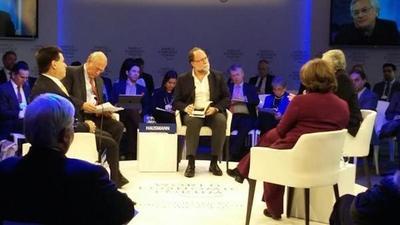 El presidente del Foro Mundial destaca transparencia del Gobierno paraguayo