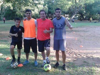 """El """"Zanahoria"""" Brítez Román cuenta cómo se vivía el fútbol en su época"""