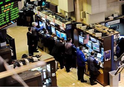 Wall Street abre al alza y el S&P 500 toca por primera vez los 2.300 puntos