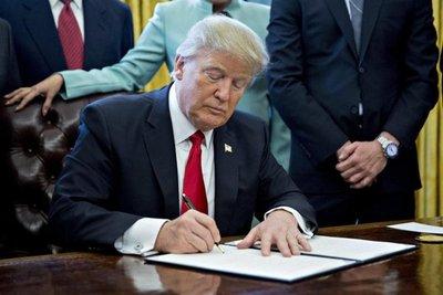 Trump se reunirá con líderes de la OTAN en mayo