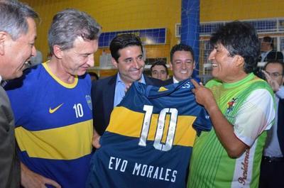 Reunión entre Macri y Morales, con desacuerdos migratorios