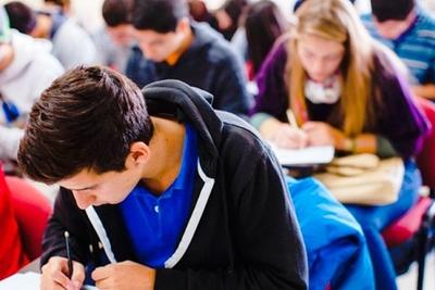 EEUU ofrece becas de postgrado para jóvenes universitarios