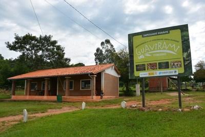 OFRECEN UN RECORRIDO TURÍSTICO EN LA COMUNIDAD INDÍGENA GUAVIRAMÍ