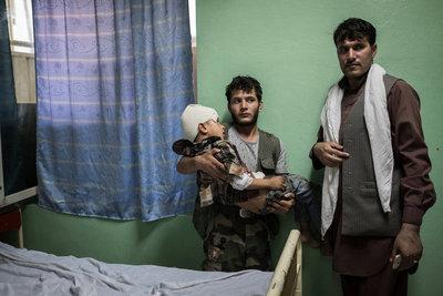Los explosivos en Afganistán cobran cada vez más vidas de menores