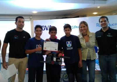 Centro Arambé está como finalista en certamen de robótica