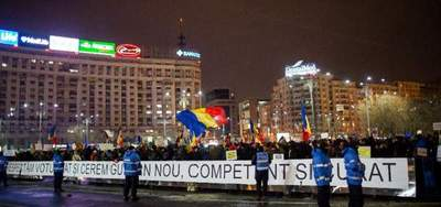 Más de 15.000 personas en decimotercer día de protestas contra corrupción en Rumania