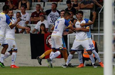 Deportivo Capiatá mostró toda su jerarquía en Curitiba