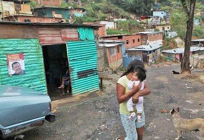 Venezuela presenta 82 % de hogares en pobreza, según encuesta