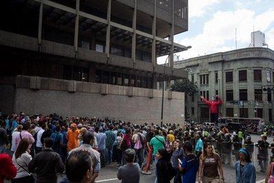 Venezuela presenta 82% de hogares en pobreza, según encuesta