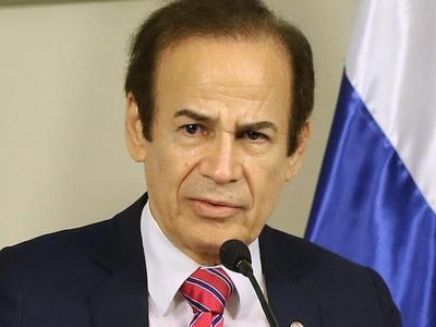 Ministro niega acuartelamiento