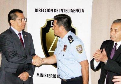 Destituyen en Interior a director de Inteligencia