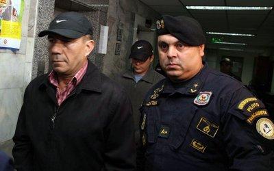 """Fijan audiencia para policía acusado de """"gatillo fácil"""""""