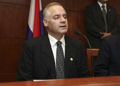 Benítez Riera asume la presidencia de la Corte
