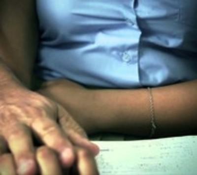 Juez decidirá si enviará a juicio oral a docente por acoso sexual