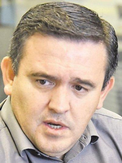 """La enmienda tiene """"doble candado"""" para su tratamiento, sostiene senador Petta"""