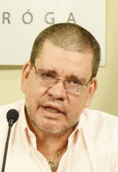 Ministro Barrios niega clara falta de alimentos
