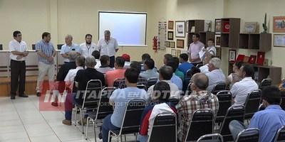 CAPACITAN A FAENADORES RURALES DE ITAPÚA