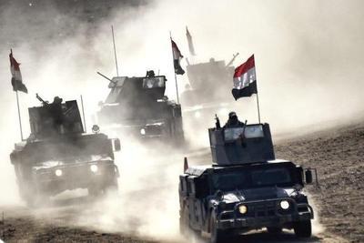 Feroz ofensiva iraquí busca liquidar al EI en Irak y Siria
