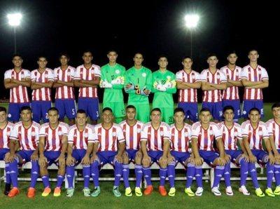 Paraguay enfrenta a Argentina en el debut