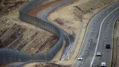 """El muro, símbolo de la """"vulnerabilidad"""" de una sociedad"""