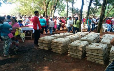 Entregan 10.000 aves de corral a 500 familias de Canindeyú