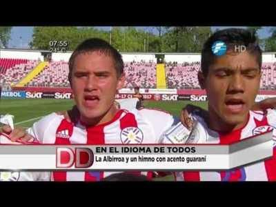 """Jugadores de la """"albirrojita"""" entonaron el himno en guaraní"""