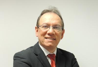 Carlos Benítez Cabrera, presidente Aseguradora Tajy