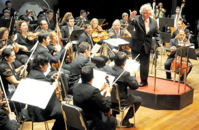 OSCA inicia festejos por 60 años, con un maestro suizo