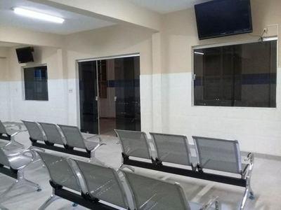 Salud Pública inaugura nueva sala de espera en Hospital Barrio Obrero