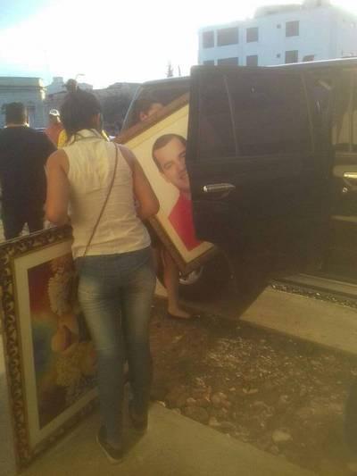 Sacan pertenencias de Friedmann de la Gobernación de Guairá