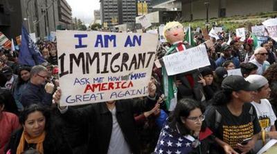 Incertidumbre en pueblos mexicanos por temor de dejar de recibir remesas