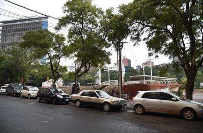 El estacionamiento tarifado arrancaría recién en junio
