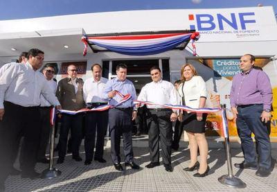 BNF inaugura en su 56 aniversario la sucursal de Villa Hayes