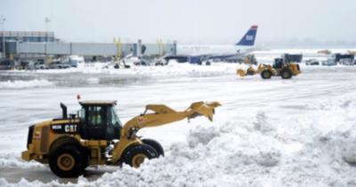 """Casi seis mil vuelos cancelados en noreste de EE UU por """"Stella"""""""