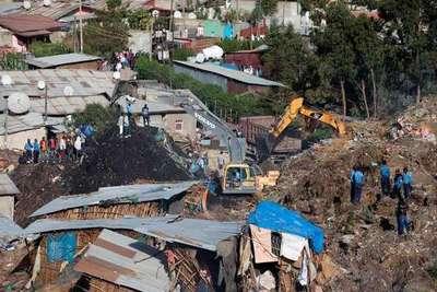 Avalancha de basura mata a 65 personas en vertedero en Etiopía