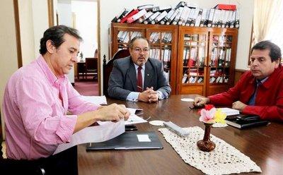 Nicanor inscribe movimiento para enfrentar a HC, dicen