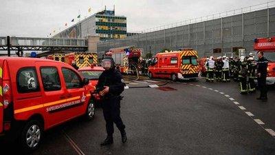 Abatido un hombre en el aeropuerto de Orly