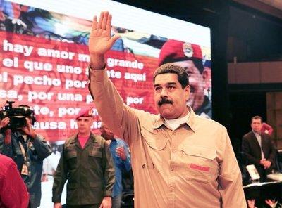 """Maduro acusa a EE.UU. de presionar """"intervención global"""" de Venezuela"""