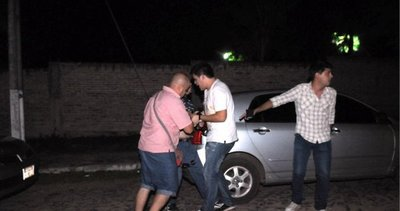 Recuperan una foto que desembocó en golpes a periodistas